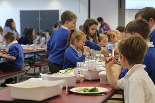 Broadclyst Primary – The Benefits of Family Dining